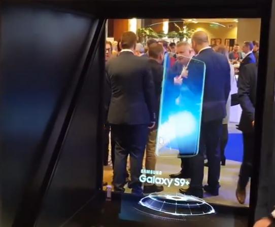Prezentacja nowego telefonu na konferencji – jakie multimedia zastosować?